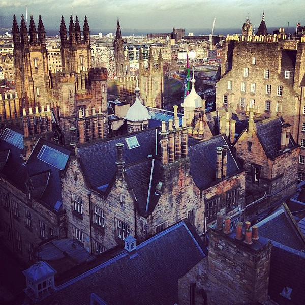 Light sprinkled rooftops. What it looks like when the sun appears over #Edinburgh #blogmanay