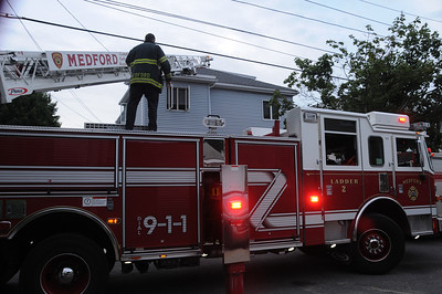 7/20/2012 - MEDFORD, MASS - WORKING FIRE 9 FOURTH ST