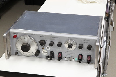 HP 203A Variable Phase Function Generator