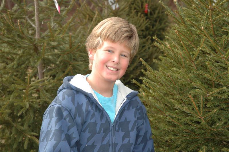 12-06-08 Christmas Tree-013.jpg