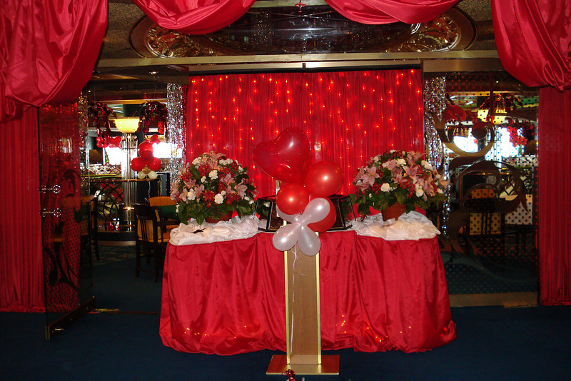 Valentine Decorations Dining Room.jpg