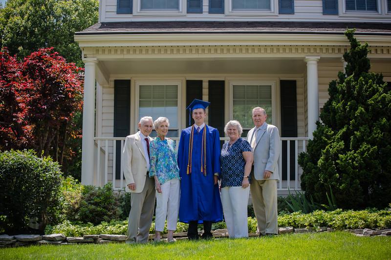 Daniel Graduation-7.jpg