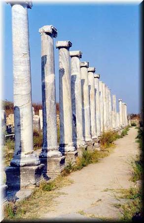 pillars.jpe