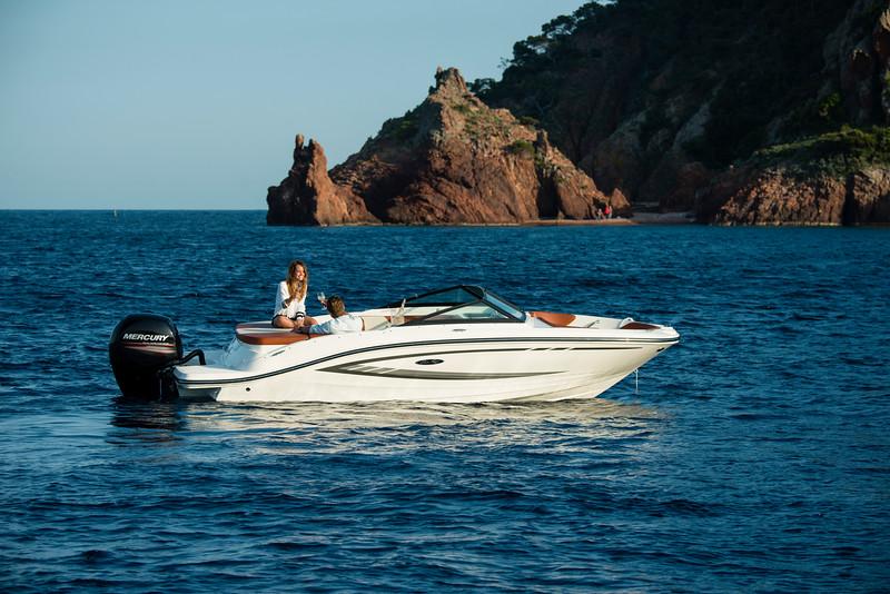 19 SPX Outboard (33).jpg