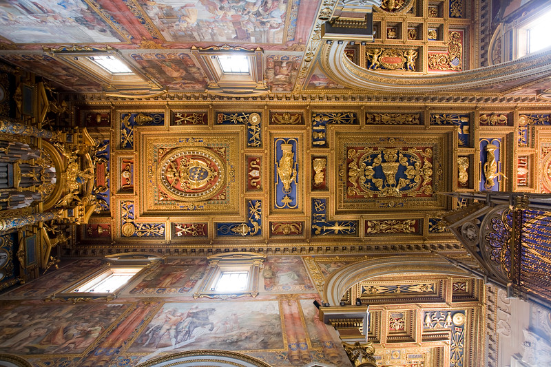 Ceiling of the crossing of San Giovanni in Laterano basilica, Rome