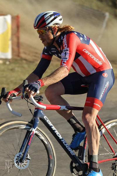 cyclocross_kmc_171001_0122-LR.jpg