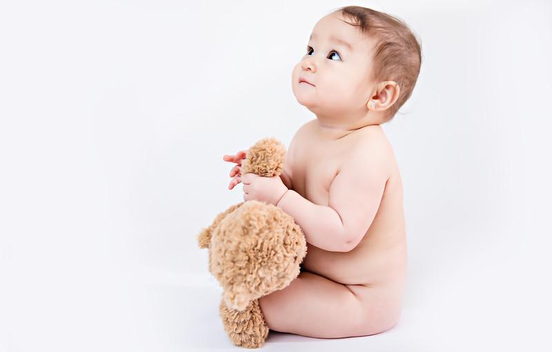 newport_babies_photography_6_months_photoshoot-0199-1.jpg