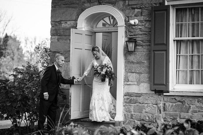 katelyn_and_ethan_peoples_light_wedding_image-218.jpg