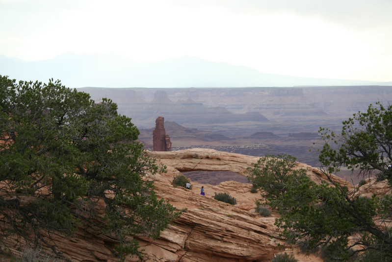 20080909-042 - Canyonlands NP Island in the Sky - 07 Mesa Arch.JPG