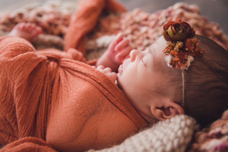 AutumnNewborn-5.jpg