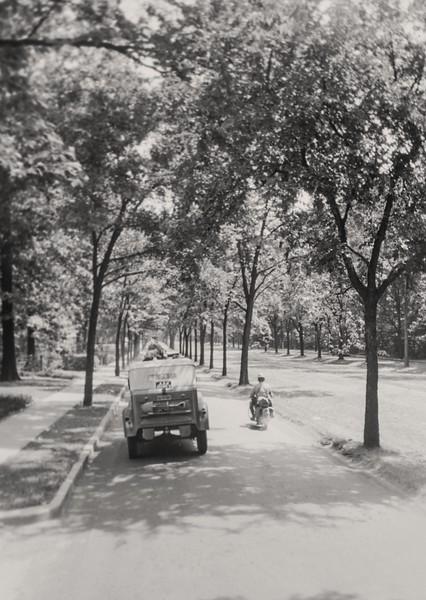 roadway rider 1940-2p.jpg