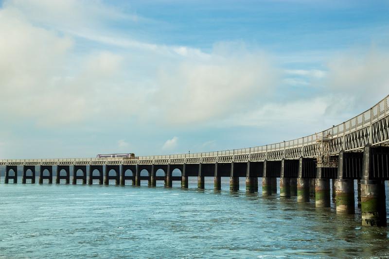 dundee-waterfront-railbridge-6-2.jpg