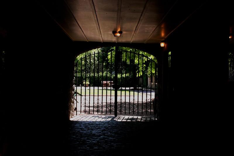 gate_1808257947_o.jpg