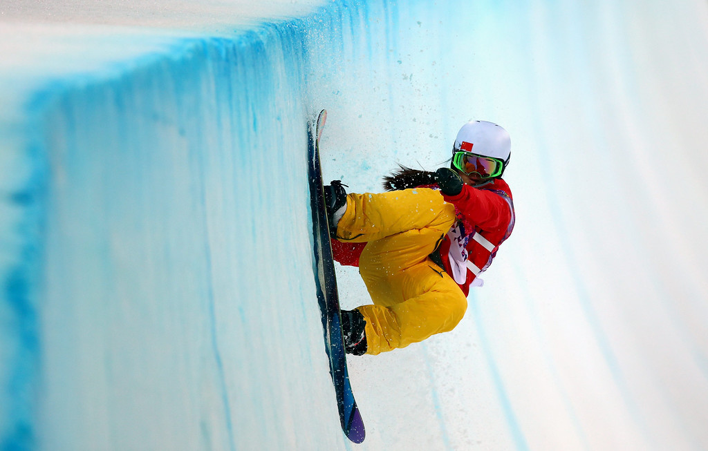 . Jiayu Liu of China in action during the Women\'s Snowboard Halfpipe semi finals at Rosa Khutor Extreme Park during the Sochi 2014 Olympic Games, Krasnaya Polyana, Russia, 12 February 2014.  EPA/JENS BUETTNER