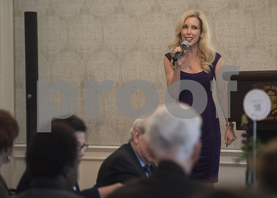 kim-campbell-wife-of-glen-campbell-keynote-speaker-for-the-alzheimers-alliance-of-smith-countys-annual-luncheon