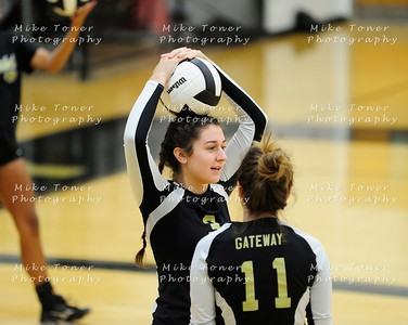 2017 V G VOLLEYBALL ACTION