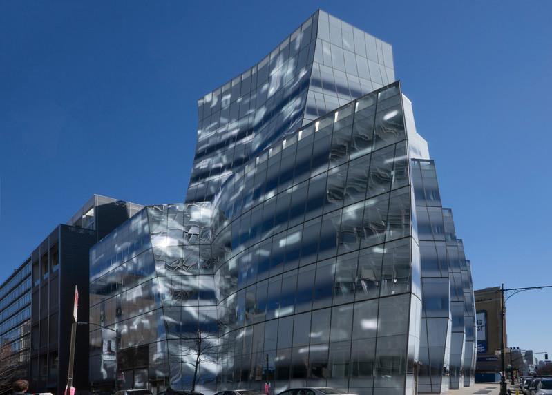 DSC07513 (IAC Building-Gehry).jpg