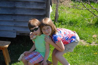 FT - Colonial Farms - April 2009