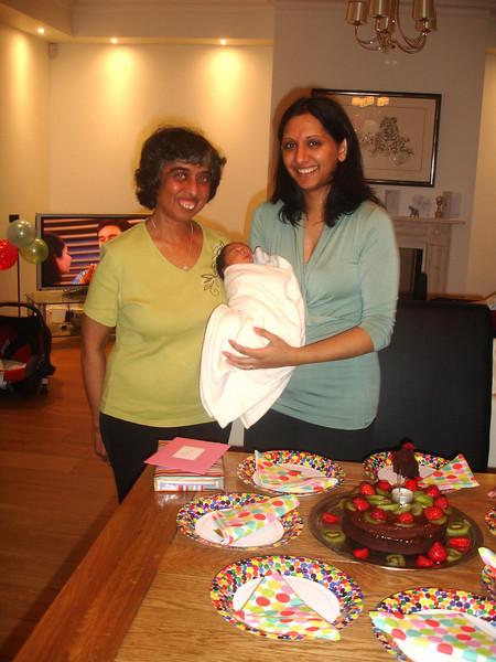 Baby Ayush 19th Aug 2010 018.JPG