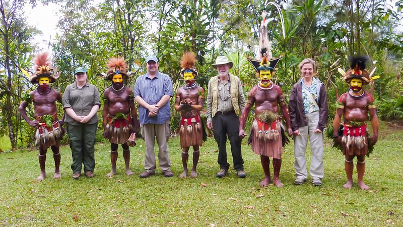 Group Photo with Huli Wigmen near Ambua Lodge, Papua New Guinea (10-05-2013).jpg