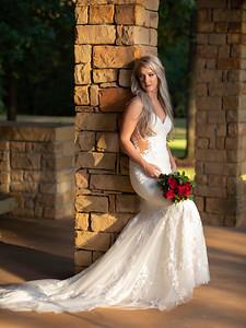 Makayla bridal in Grapevine Botanical garden