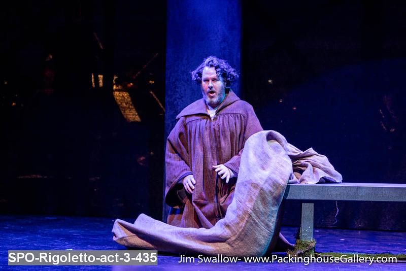 SPO-Rigoletto-act-3-435.jpg