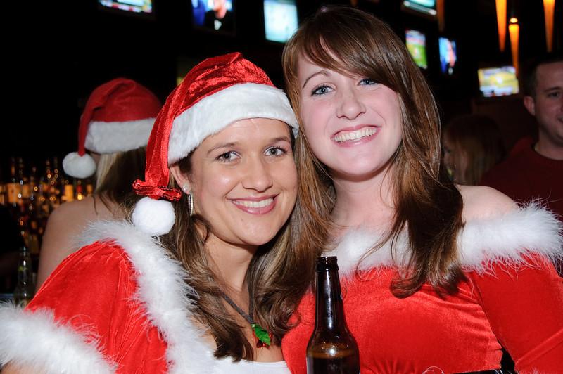2009 ALS Santa Crawl-127.jpg