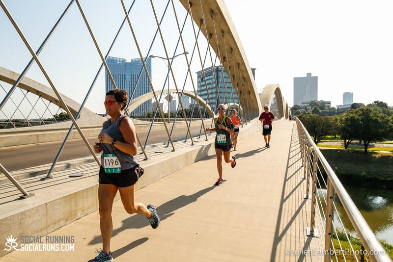 Fort Worth-Social Running_917-0416.jpg