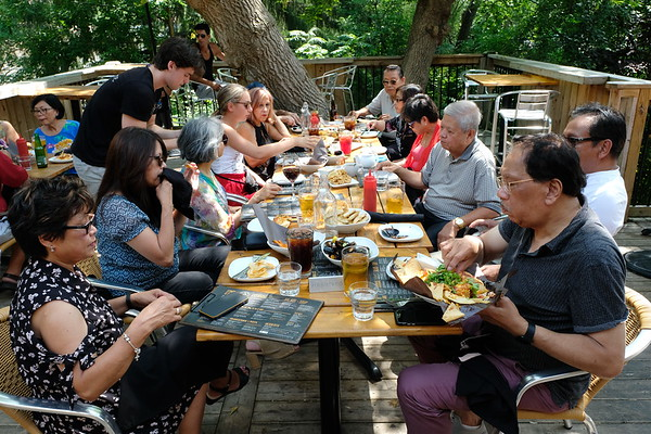 A Sunday Lunch at the Schomberg Pub & Patio