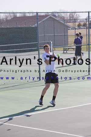 Hutch Boys Tennis 4-13