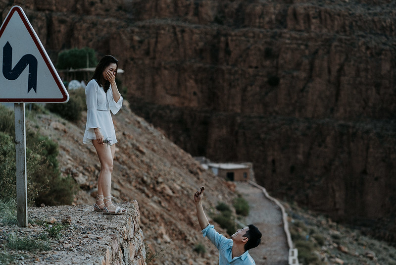 Tu-Nguyen-Destination-Wedding-Photographer-Morocco-Videographer-Sahara-Elopement-242.jpg