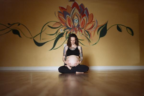 Eva's Yoga Maternity Session