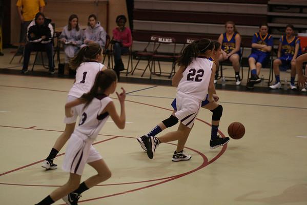 Girls Basketball vs Bayshore 01042012