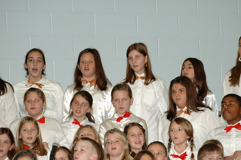 12-13-07 Christmas Choral Concert-020.jpg
