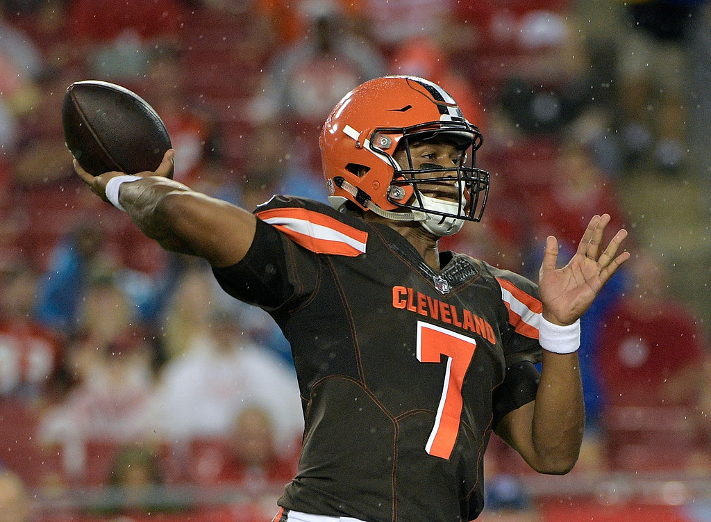 . Cleveland Browns quarterback DeShone Kizer (7) throws a pass against the Tampa Bay Buccaneers during the first quarter of an NFL preseason football game Saturday, Aug. 26, 2017, in Tampa, Fla. (AP Photo/Phelan Ebenhack)
