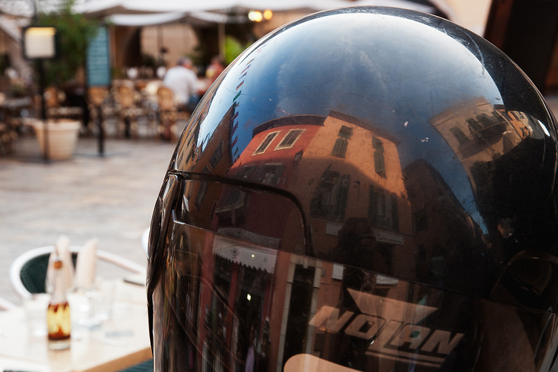Valbonne helmet reflection