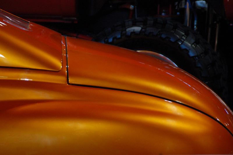 DSC_0195 195 orange back.jpg