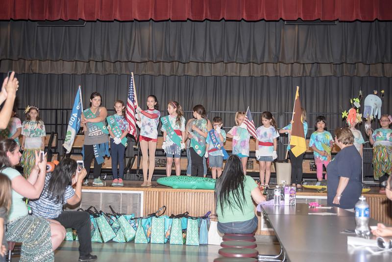 Sara Girl Scouts 4   750_1232.jpg