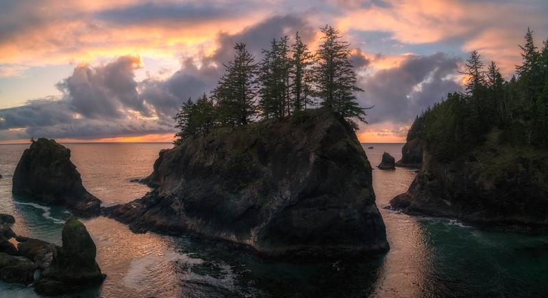 Secret Beach North Cove Pano-Edit.jpg