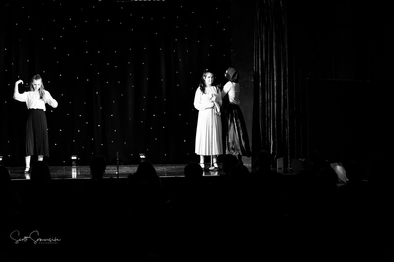 BnW_St_Annes_Musical_Productions_2019_624.jpg