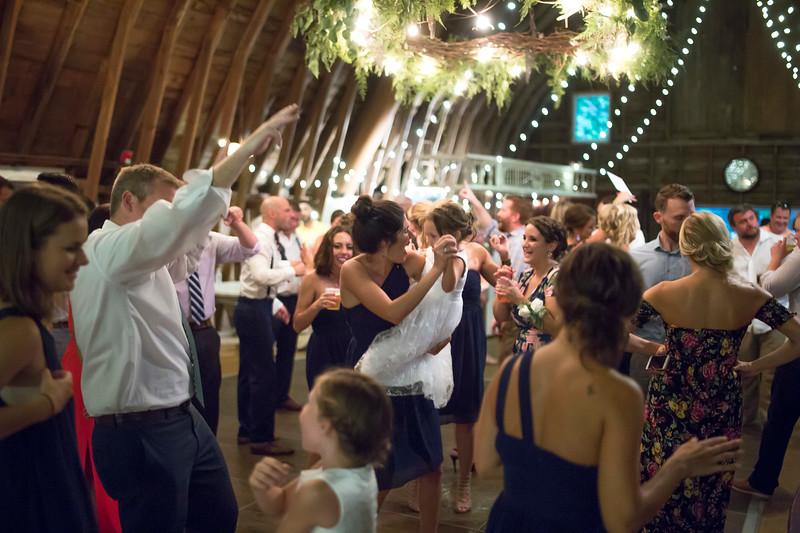 Garrett & Lisa Wedding (776).jpg