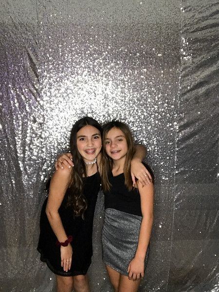 Hannah_and_Sophie_COHEN_1116_photo_29.jpg