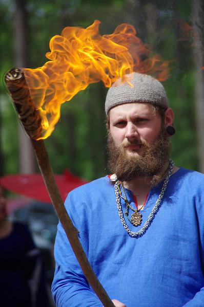 Varuk torch bearer