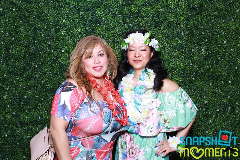 03-30-2019 - Karen and Natasha's Aloha 40th Birthday Bash_035.JPG