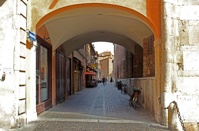 Italy-Ferrara-04.JPG