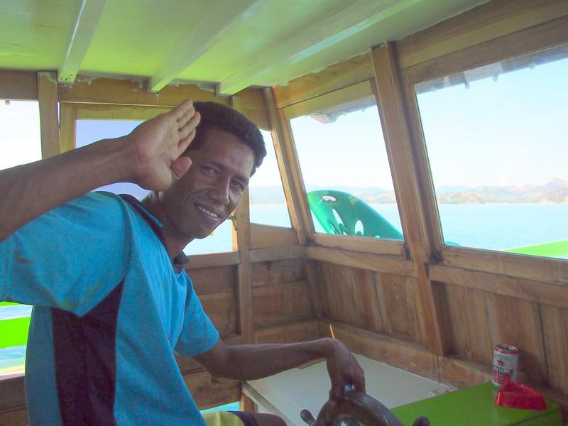 P5158105-the-captain.JPG