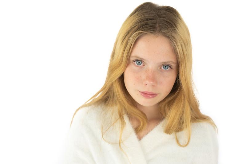 Emelia Bridger-4369.jpg