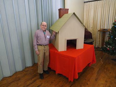 Gingerbread House Christmas  12-4-2019
