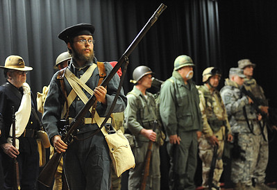 Soldiers of History make history come alive at Northwood Middle School