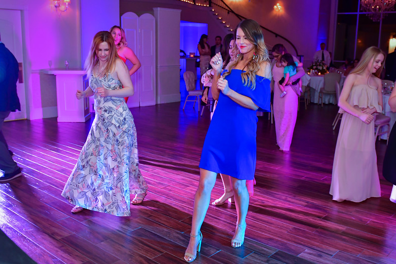 Lizzette Reception  (216 of 589).jpg